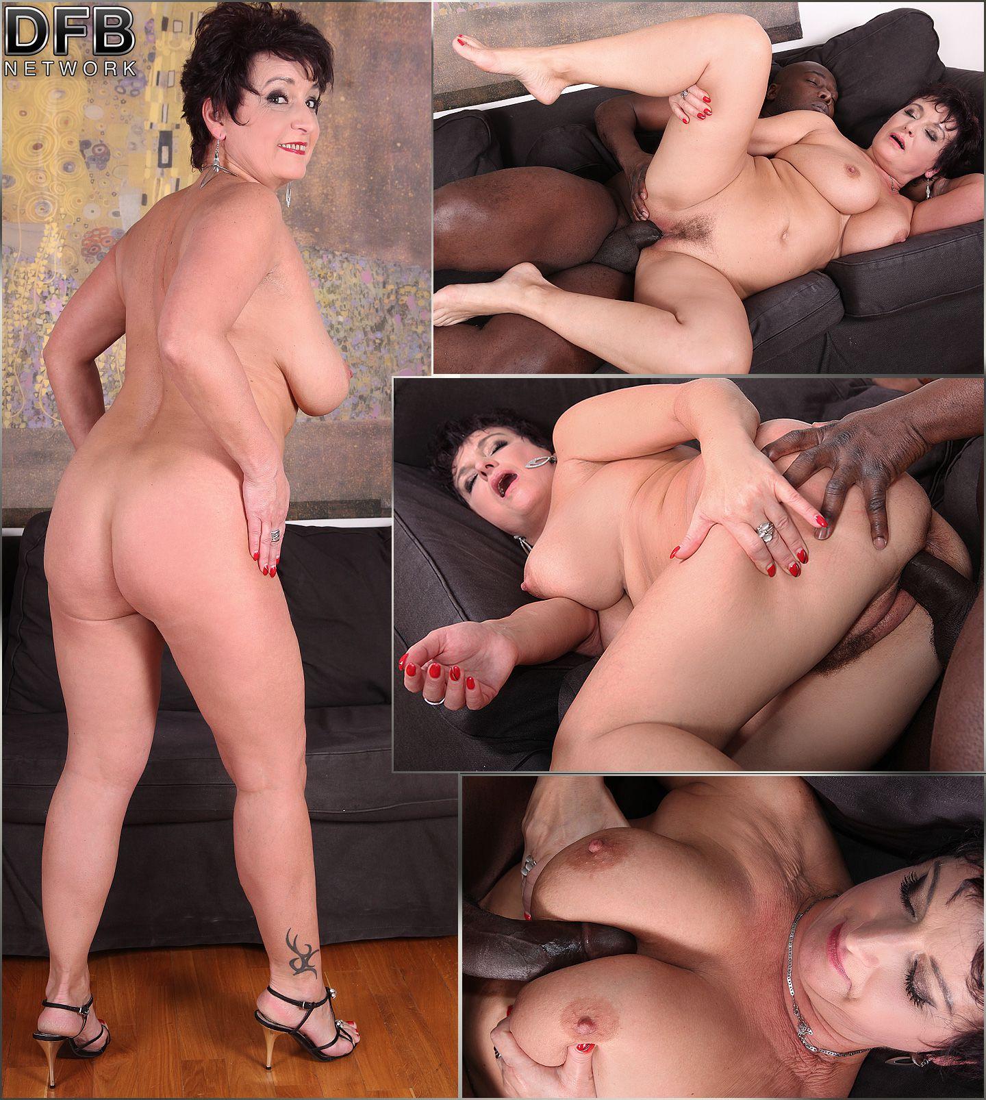 Midget with big tits