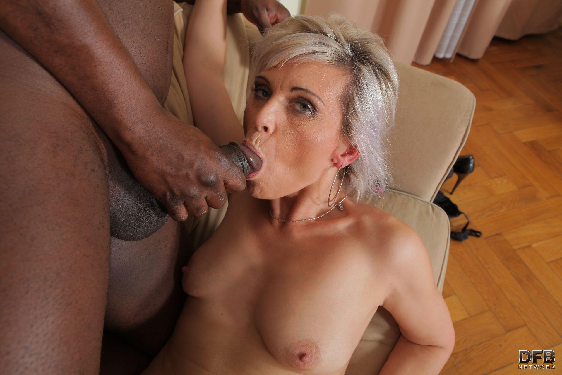 inez swingerclub dick spanking